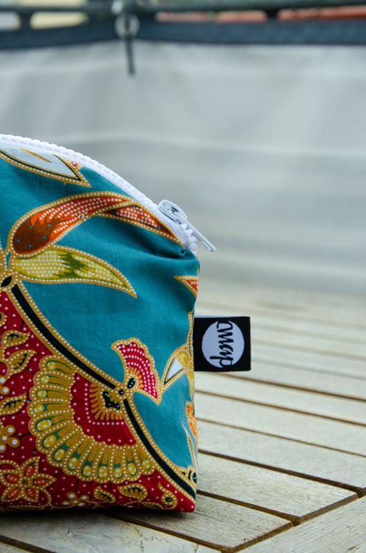 Nahaufnahme einer Kosmetiktasche im orientalischem Stil